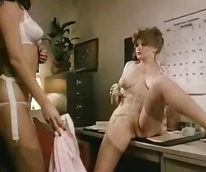 Lisa Deleeuw Lesbian..