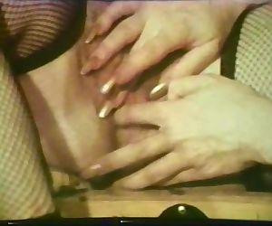 Lesbian Peepshow Loops..