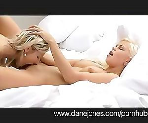 DaneJones Female Wetness