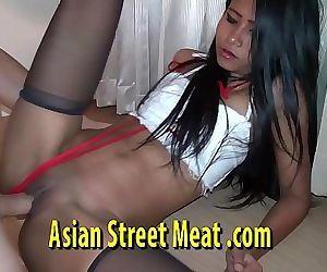 Swim Deep In Asian..