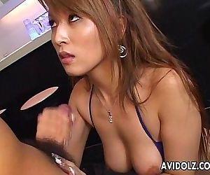 Fine Asian slut strokes..