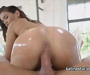 Juicy Latina dancing..